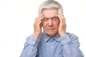 Nguyên nhân và triệu chứng của bệnh thiếu máu não khi cao tuổi