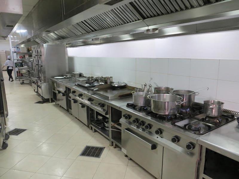đặc điểm bếp nhà hàng