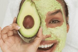 Điểm danh 5 cách dưỡng ẩm cho da mặt từ thiên nhiên