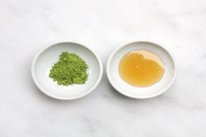 3 cách trị thâm mụn với bột trà xanh an toàn