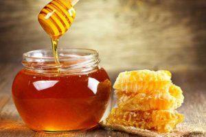3 cách trị thâm bằng mật ong an toàn và hiệu quả