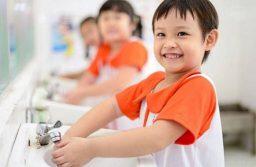 10 lời khuyên để bé không ốm khi đi học cực hữu ích