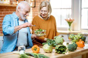 6 nguyên tắc cần nhớ khi chăm sóc người cao tuổi